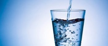 ۱ لیتر آب گوارای سد لار ۶ ریال! , ۱ لیتر آبمعدنی ۲۰۰۰ تومان